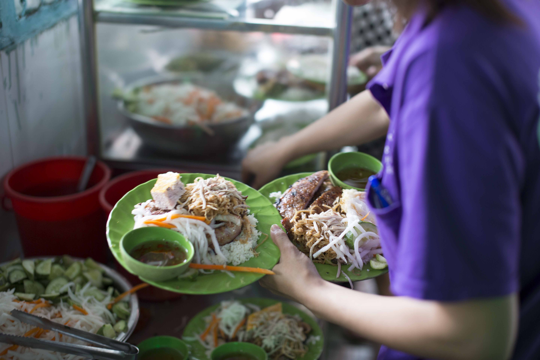 com tam breakfast hanoi
