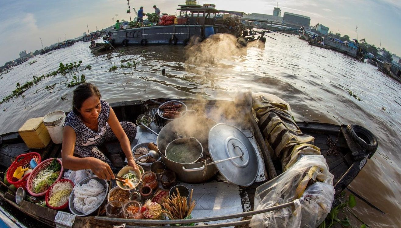 what to eat at cai rang floating market food