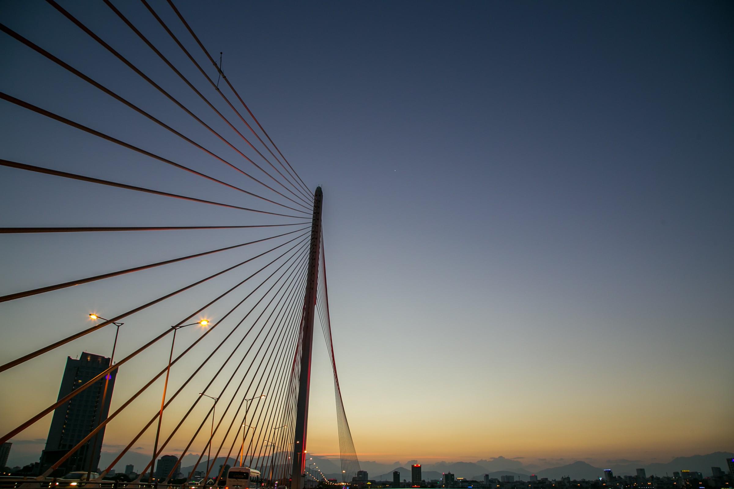 Ham Rong Bridge Da Nang
