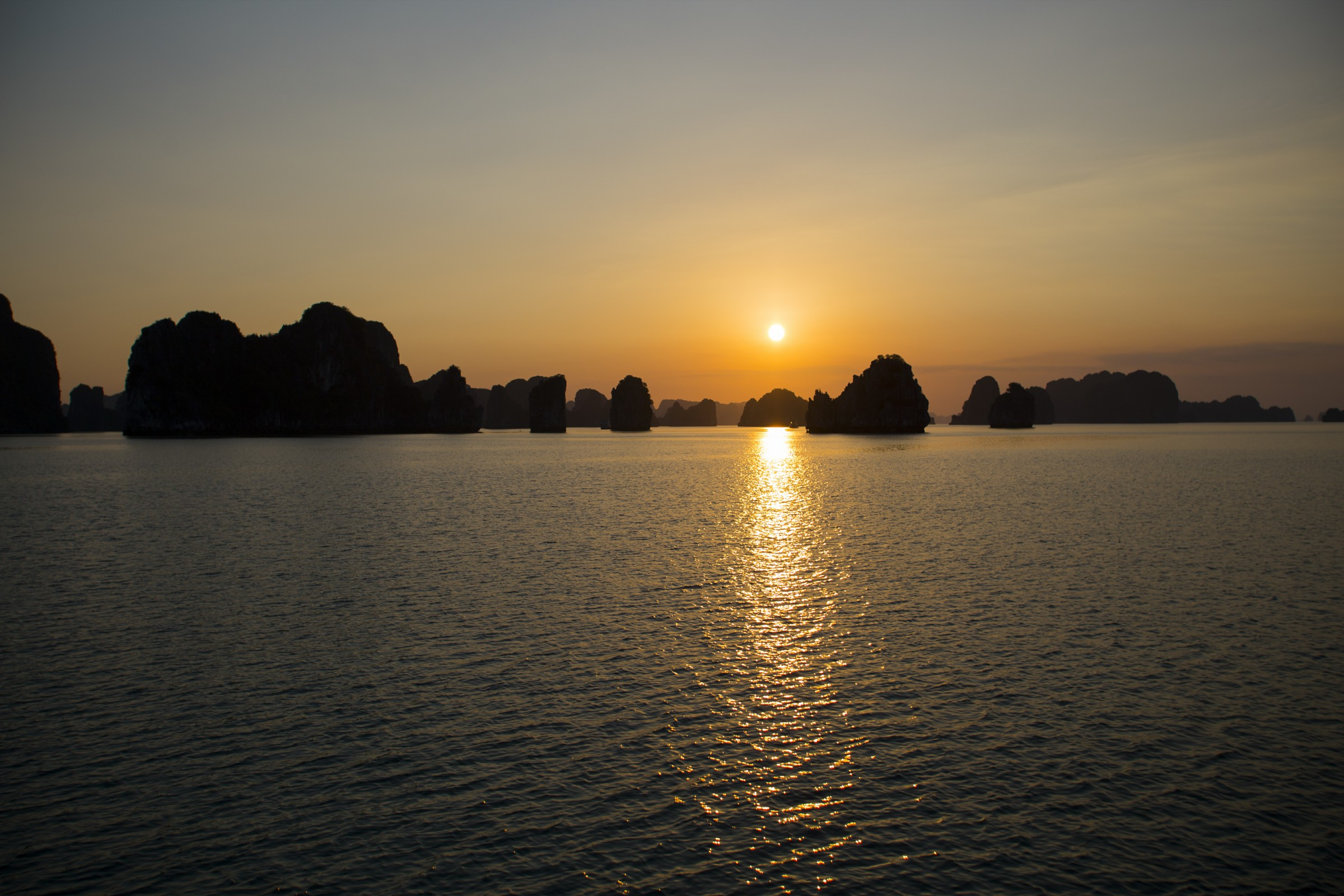 ha long bay guide
