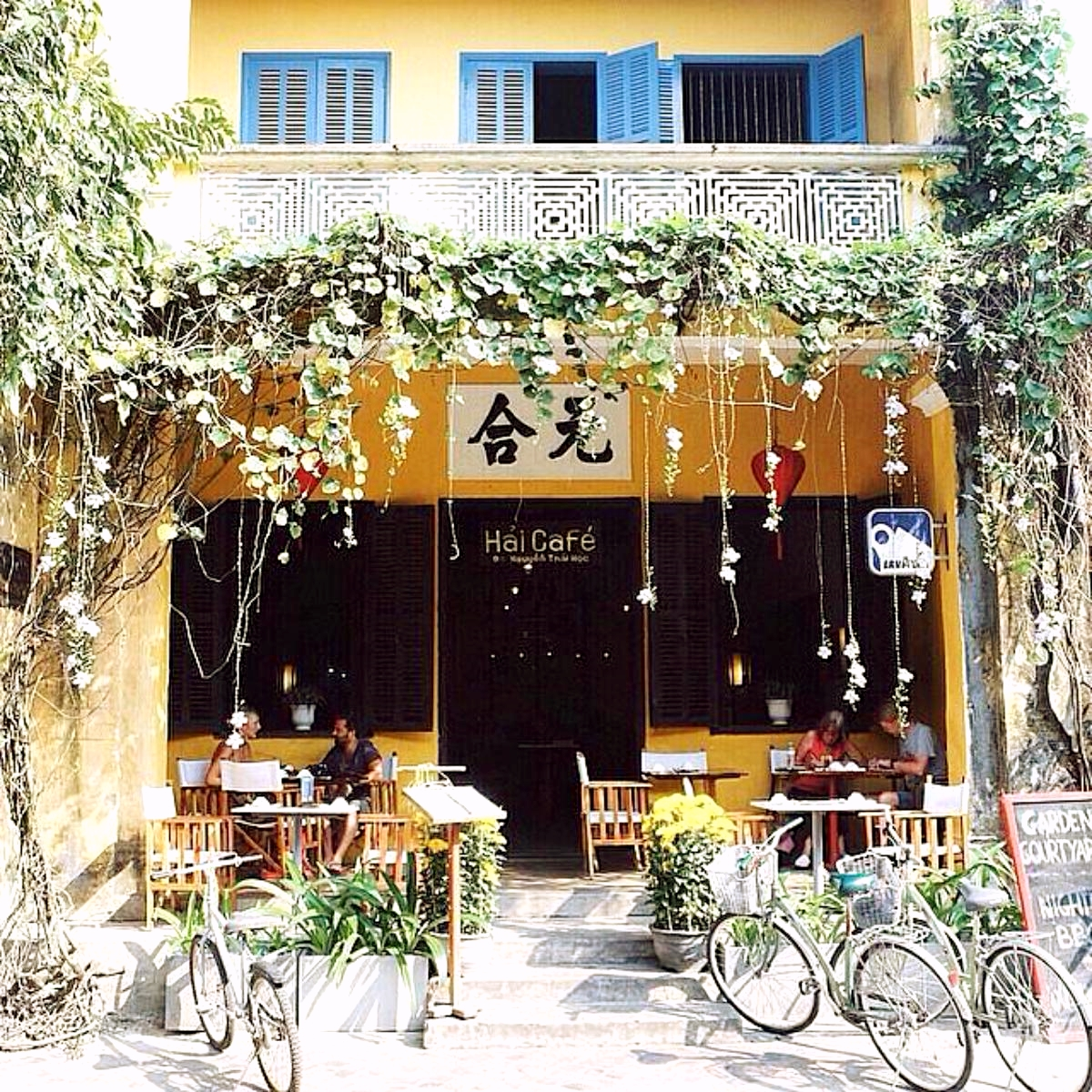 awesome cafe hoi an