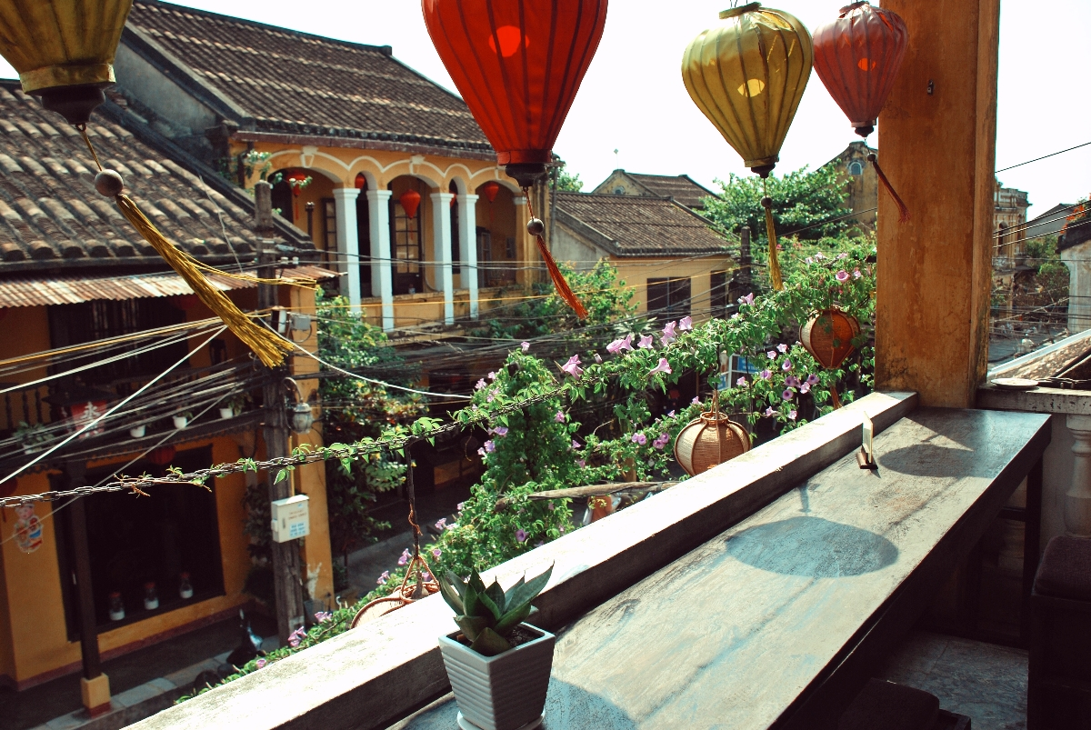 top cafes in hoi an