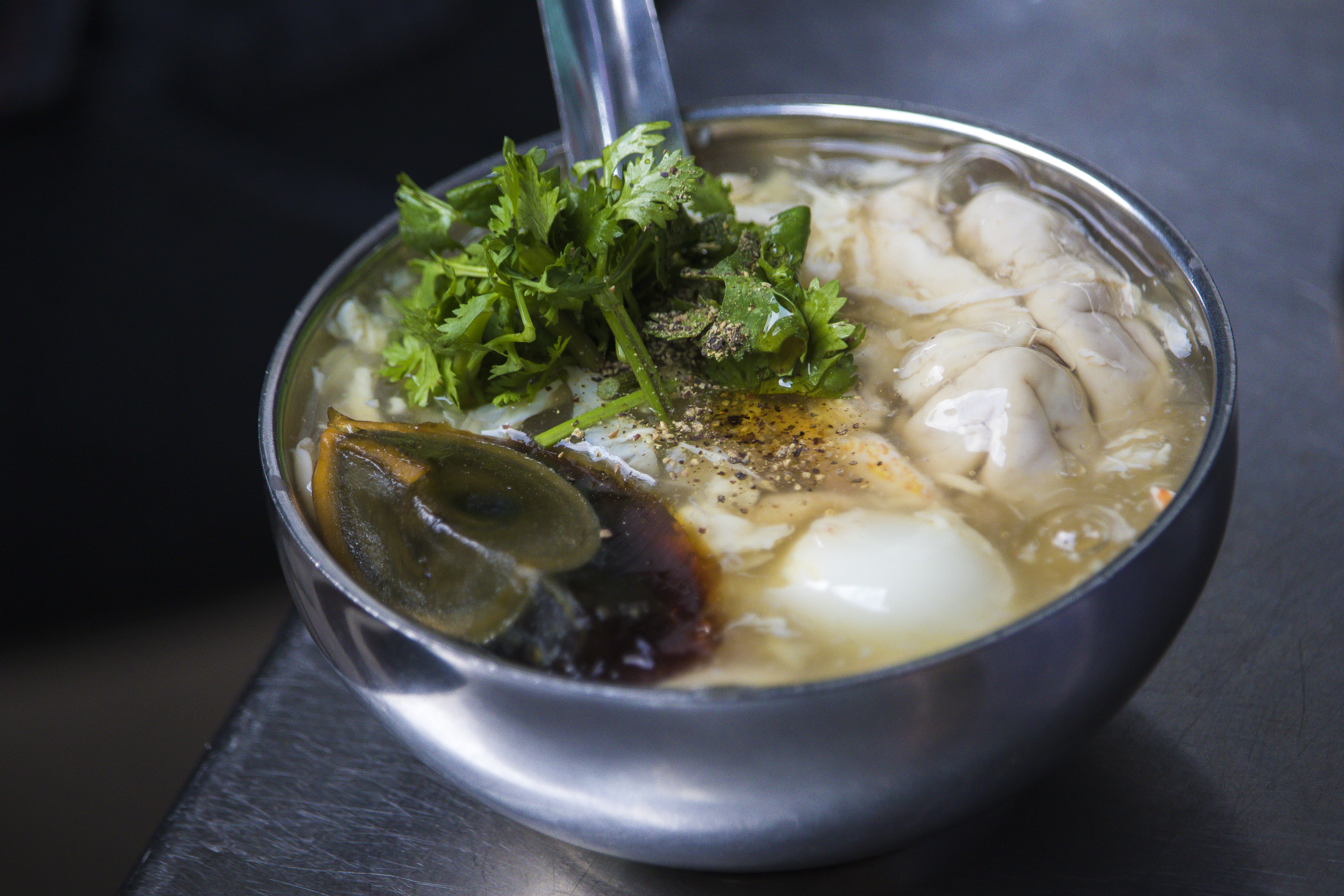 Sup Cua Oc Heo Vietnamese Pig Brain Soup The Christinas Blog