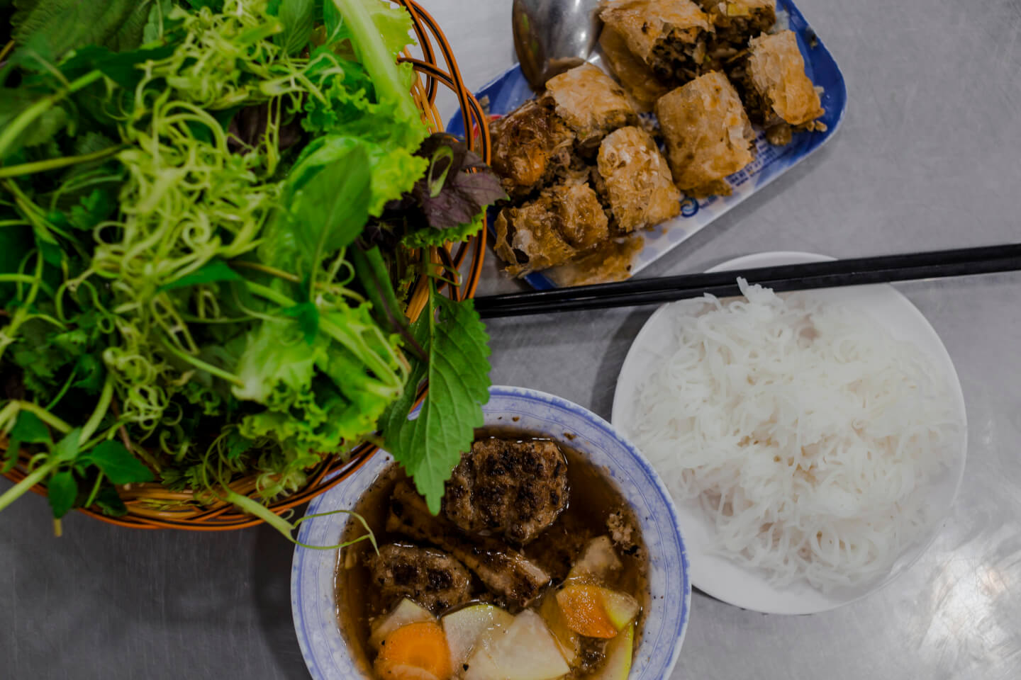 Top 10 Vietnamese Dishes You Should Try - The Christina's Blog