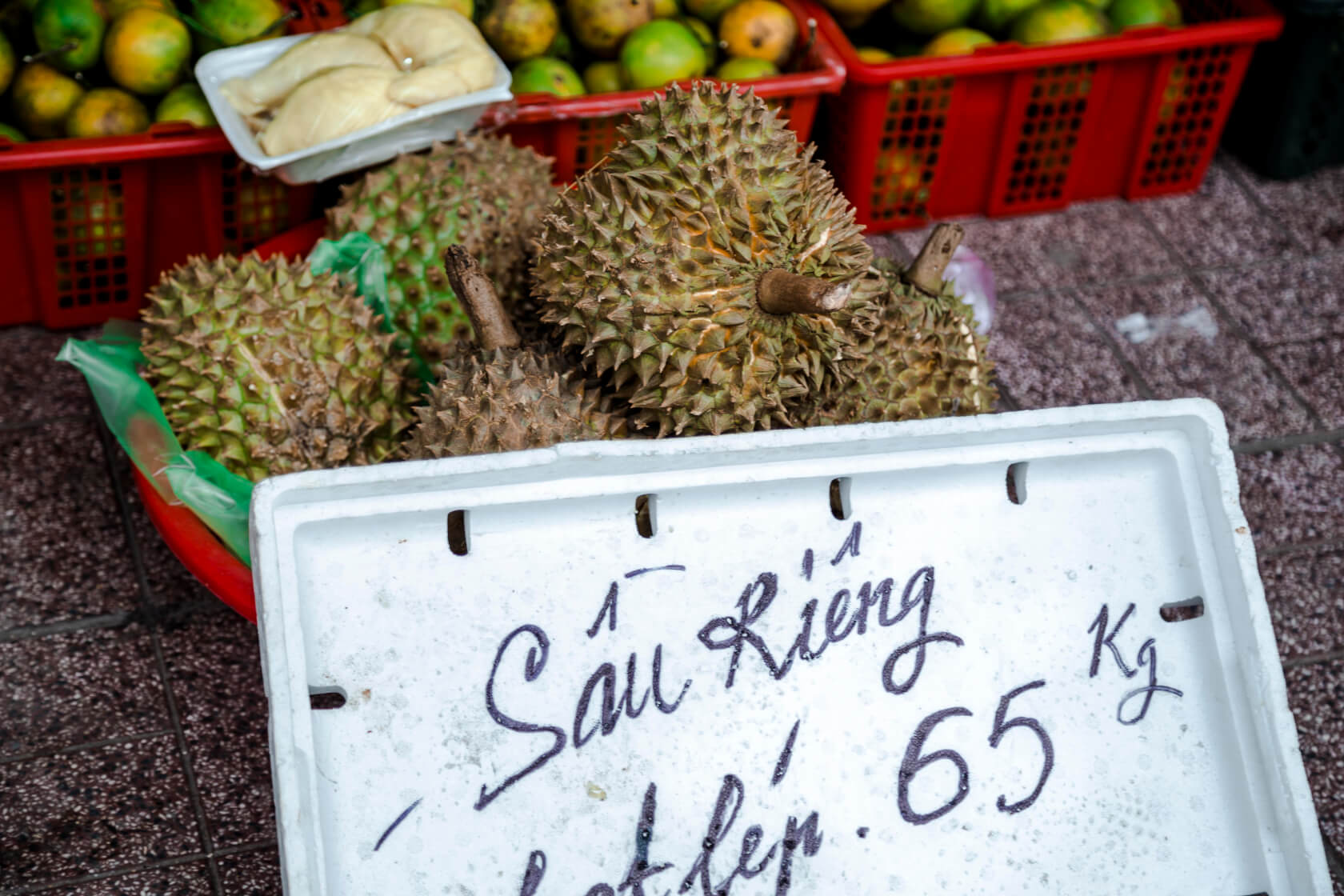 fruit season in vietnamdurian