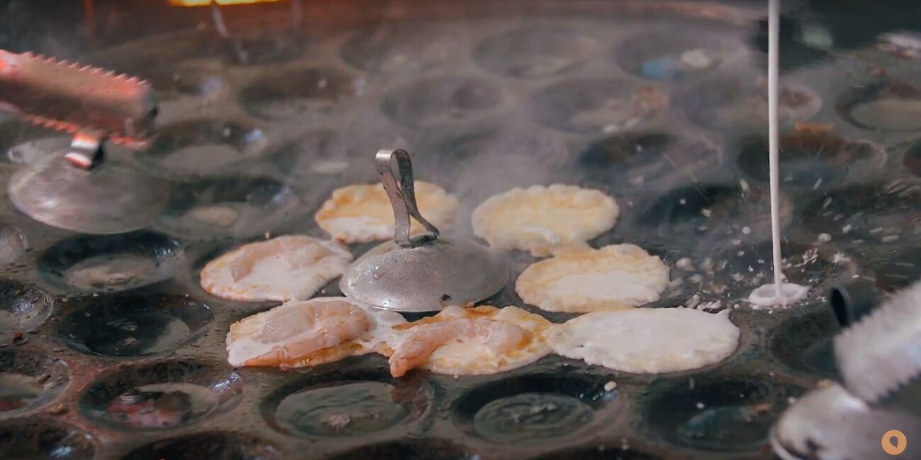 must eat vung tau food