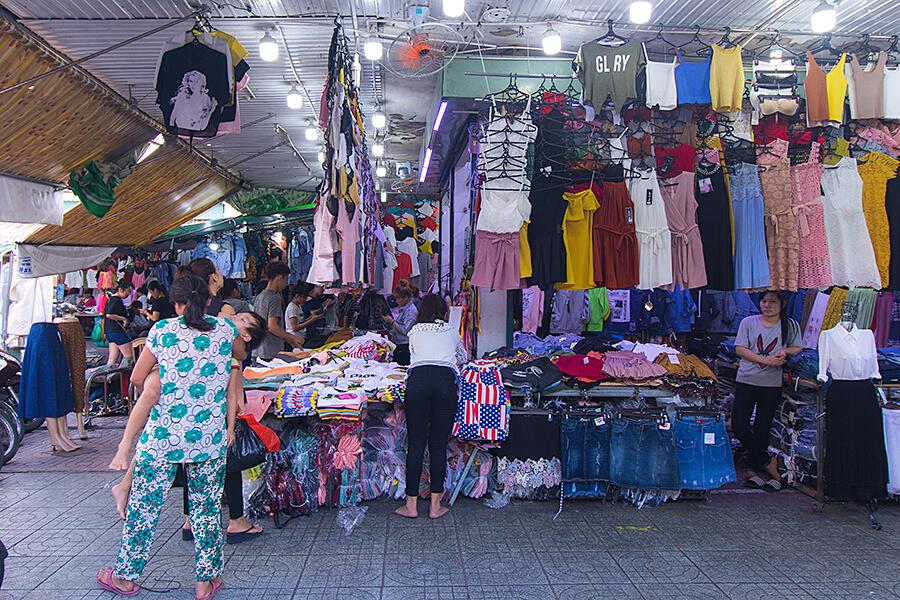 Pham Van Hai market