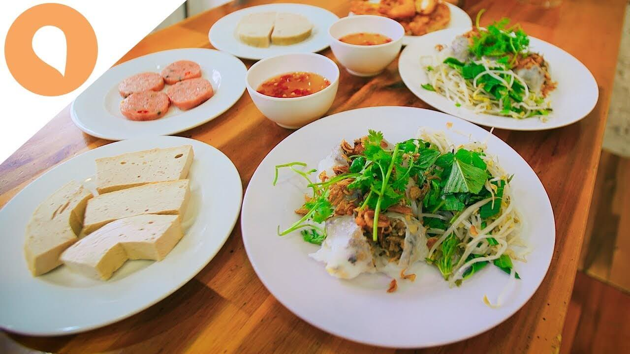 Banh Cuon - Vietnamese Steamed Rice Rolls And All You Need To Know About It