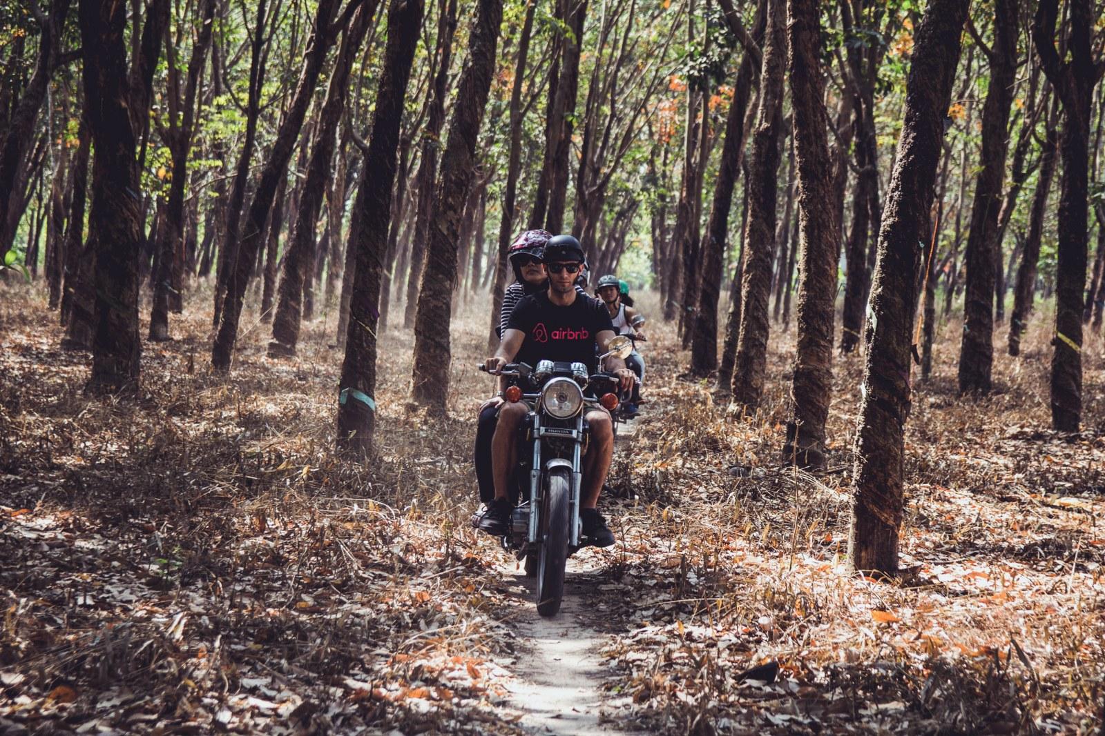 cu chi tunnels motorbike tour half day