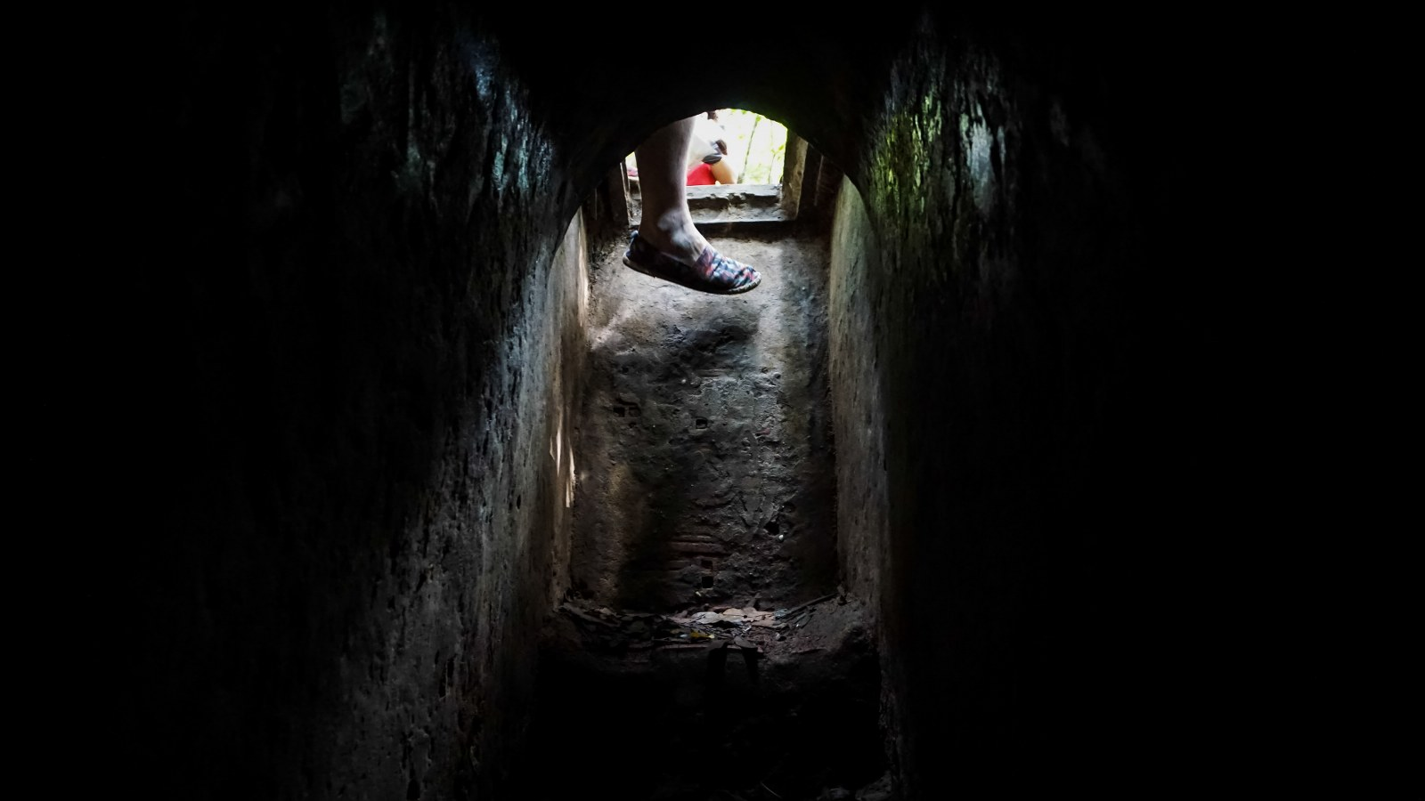 The cu chi tunnels guide