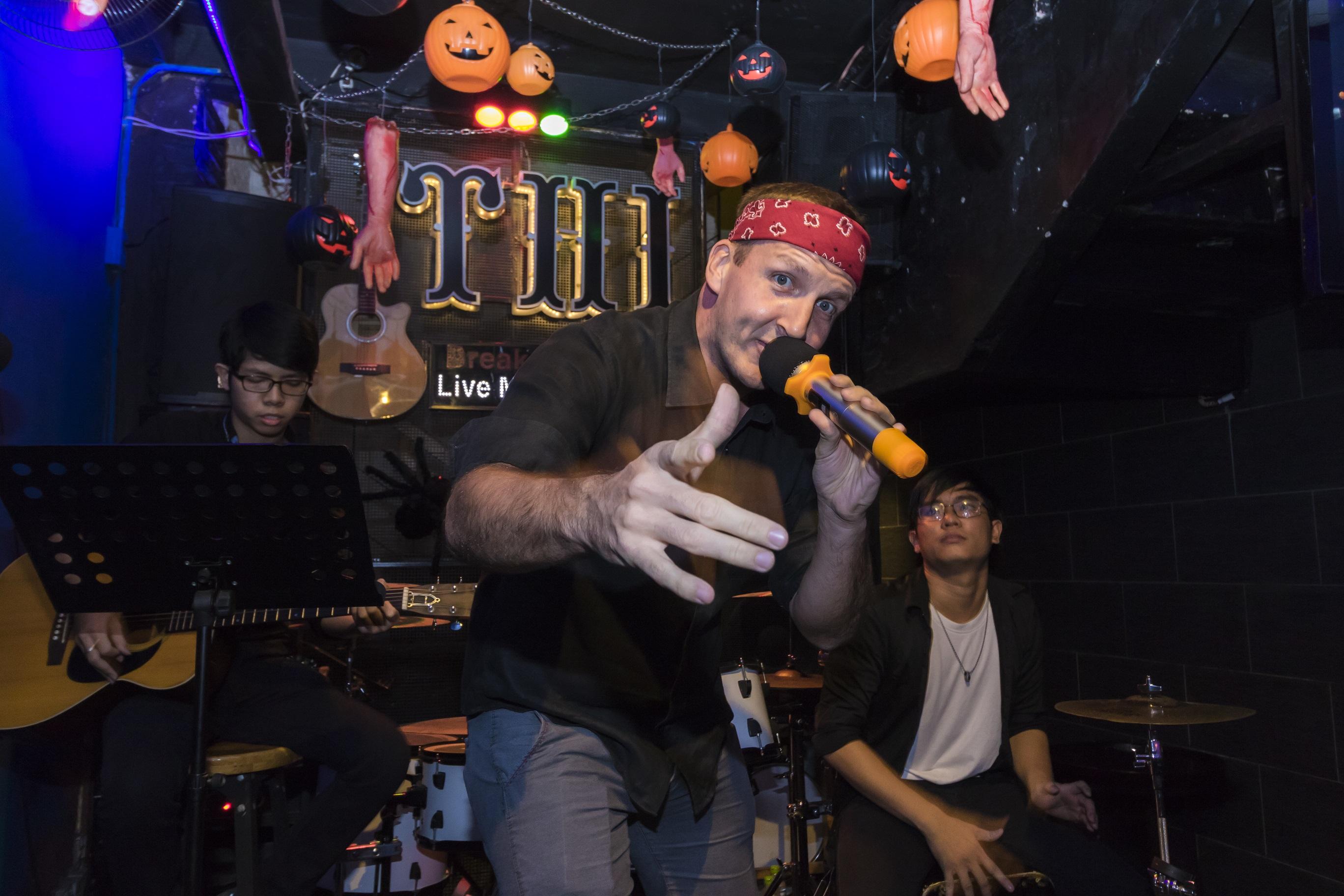 Karaoke bar in Saigon