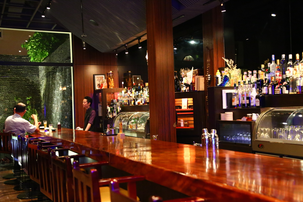 Monde Saigon japanese best expat Bars in ho chi minh