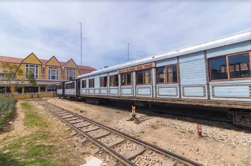 christinas-da-lat-railway-station