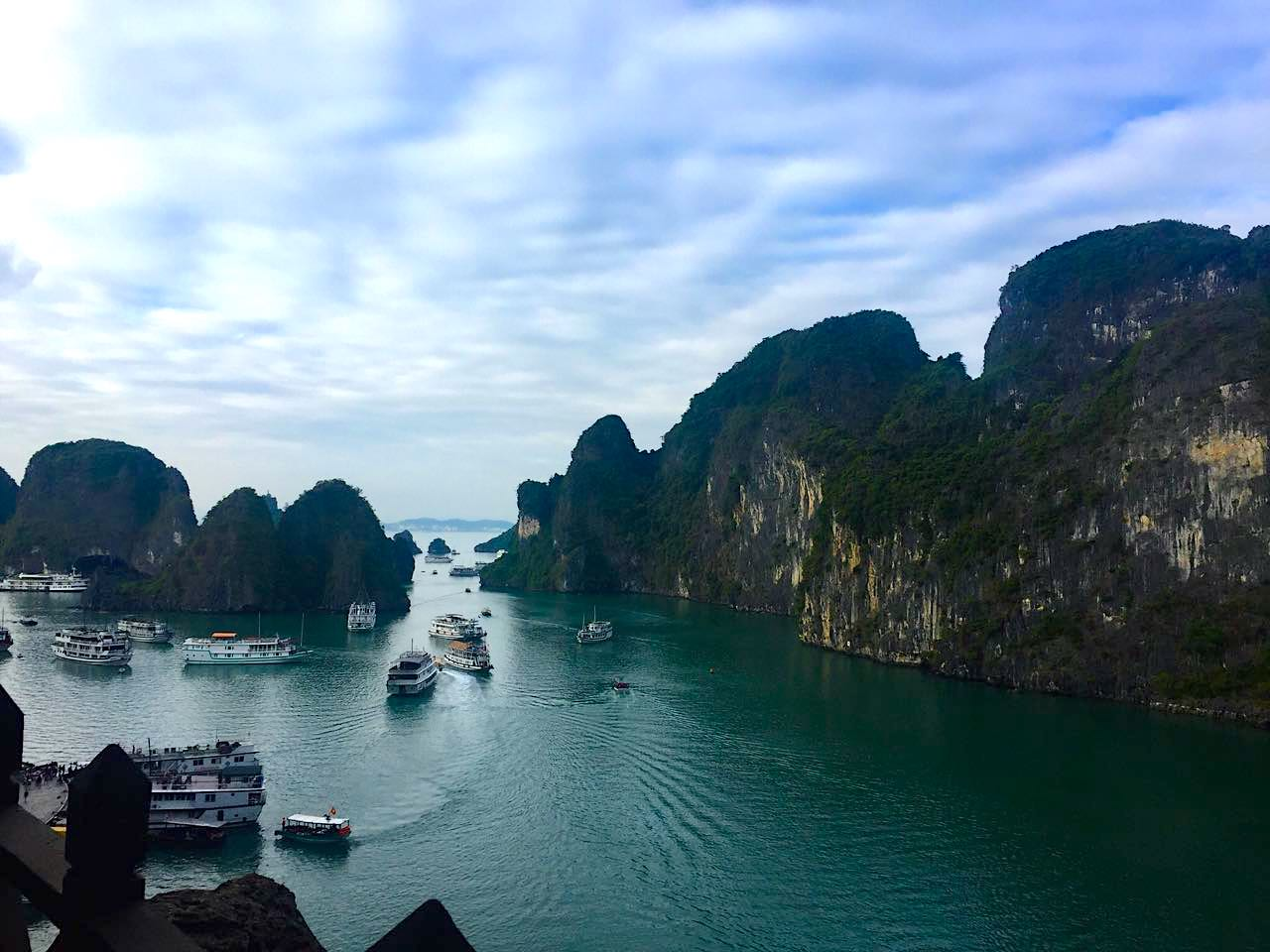 floating villages in ha long bay