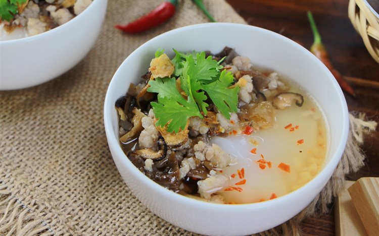 Guide to Food in Hanoi