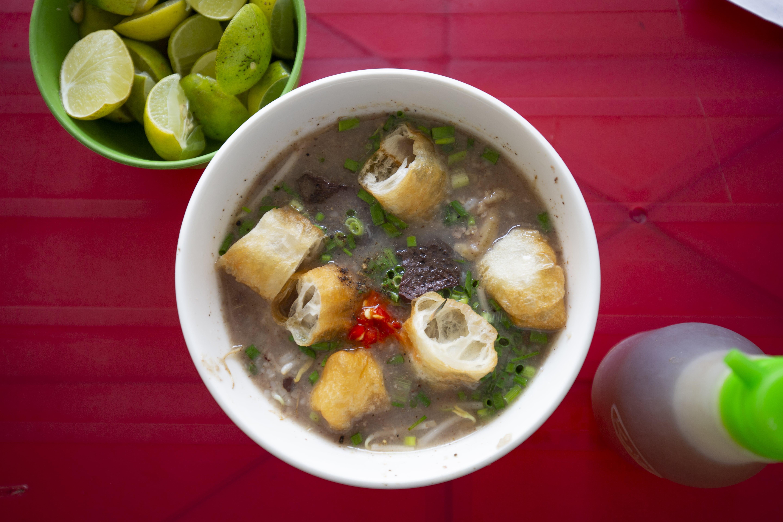 porridge-street-food-ho-chi-minh-city