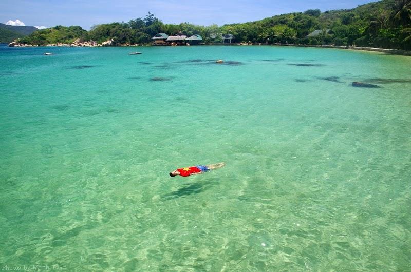 Hon-ong-beach-nha-trang