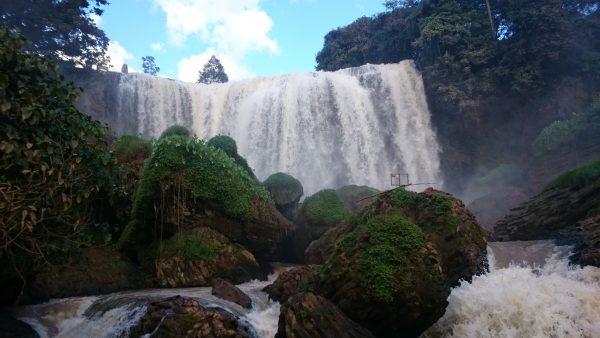voi-waterfall