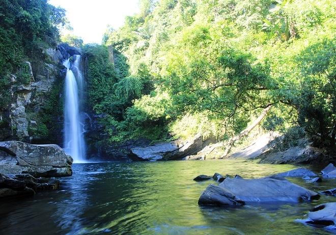 gieng-troi-waterfall-danang