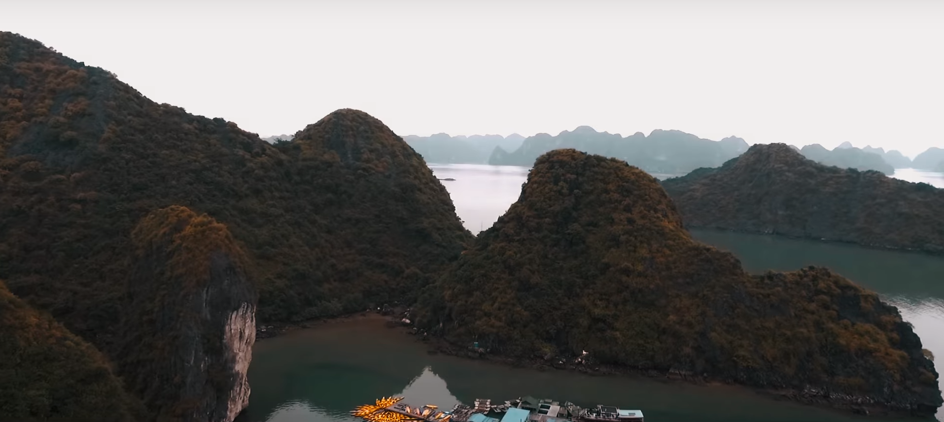 floating fishing villages in ha long bay
