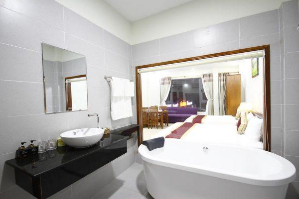 lis-hotel