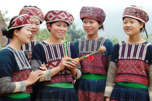 xa pho tribe sapa clothing