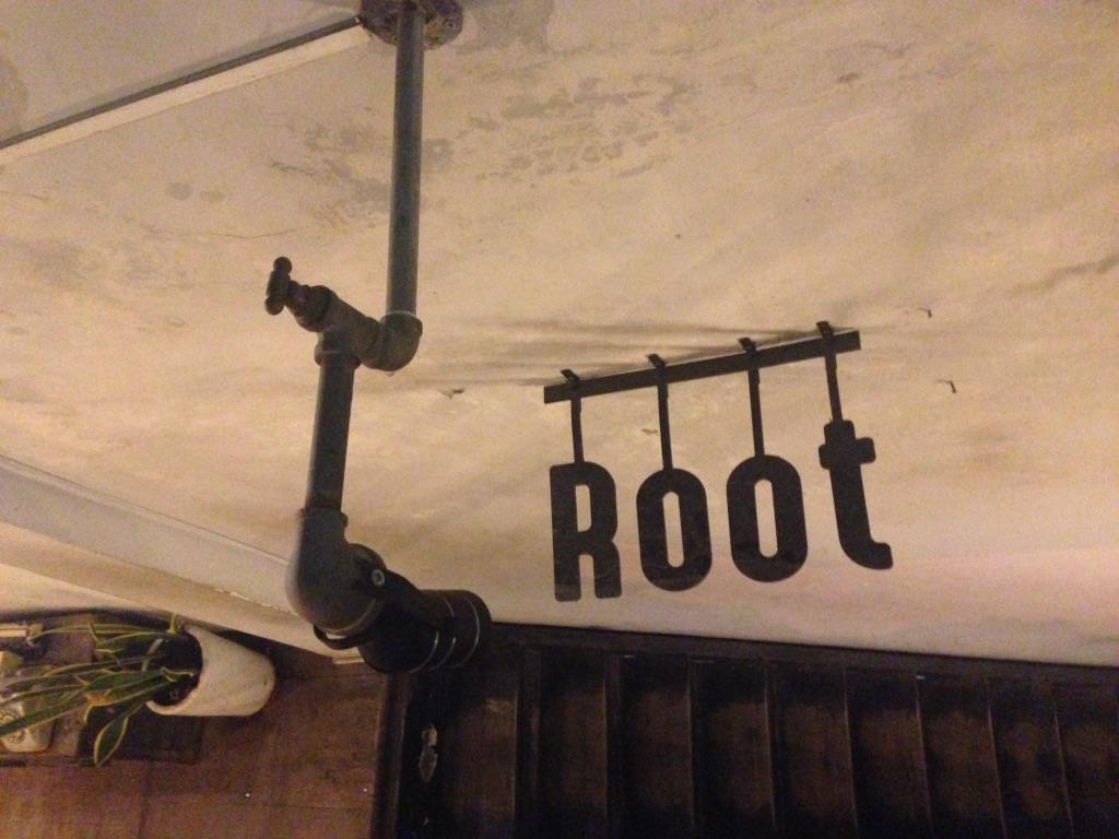 root-cafe-hue