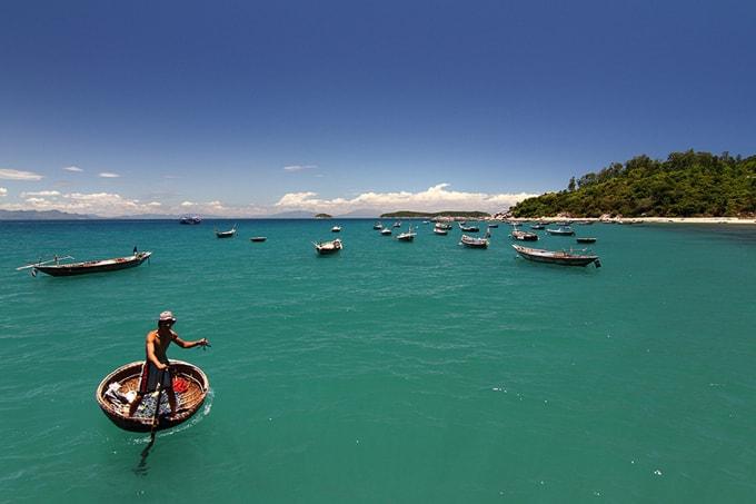 best diving spots in vietnam