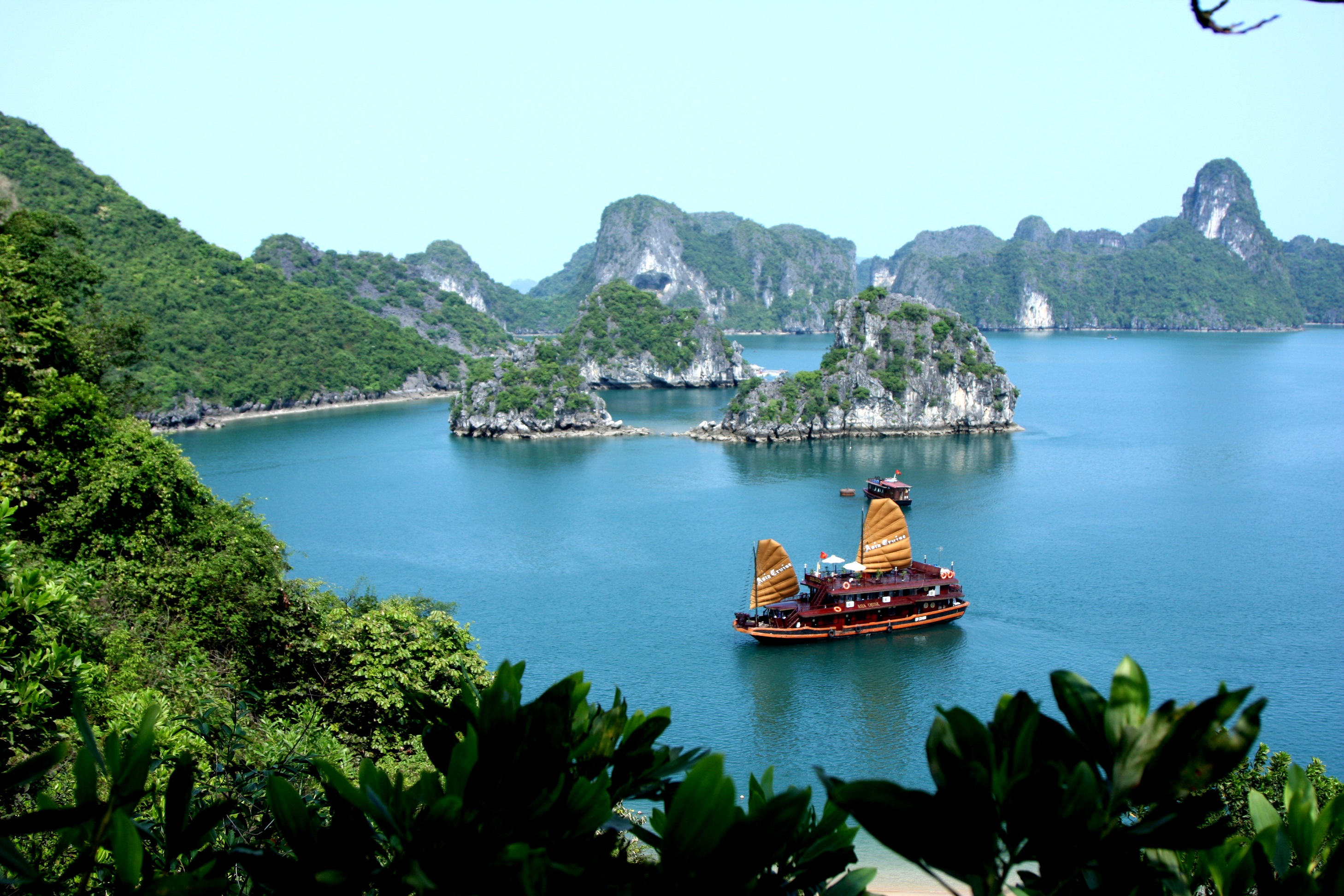 best islands ha long bay