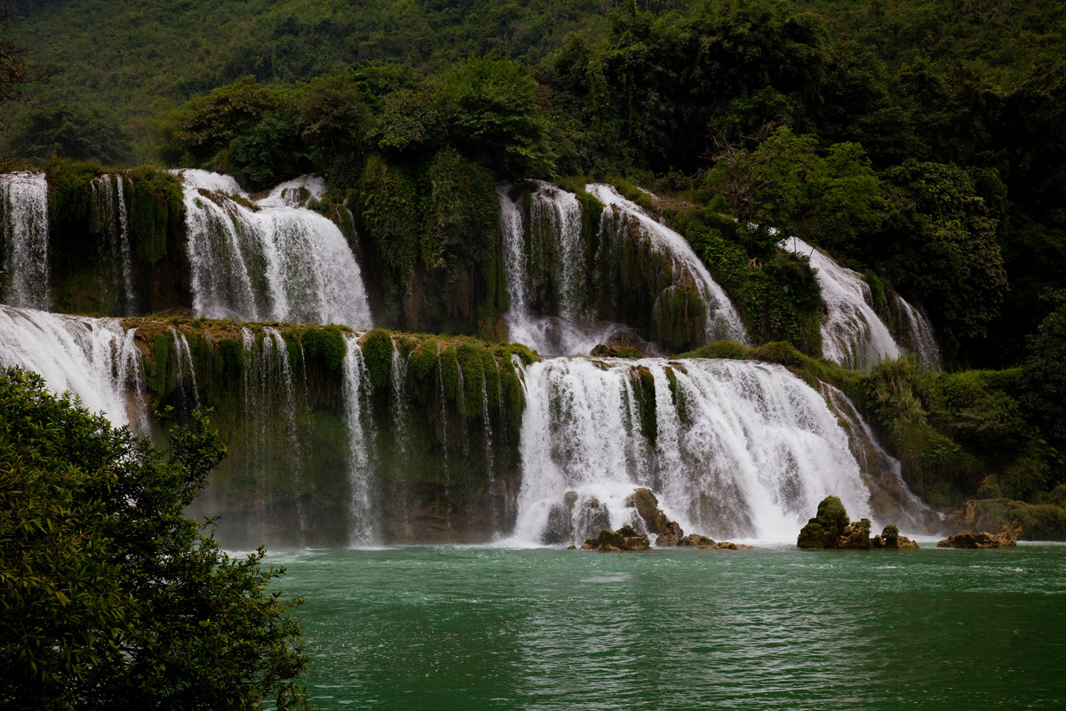 ban gioc waterfall facts