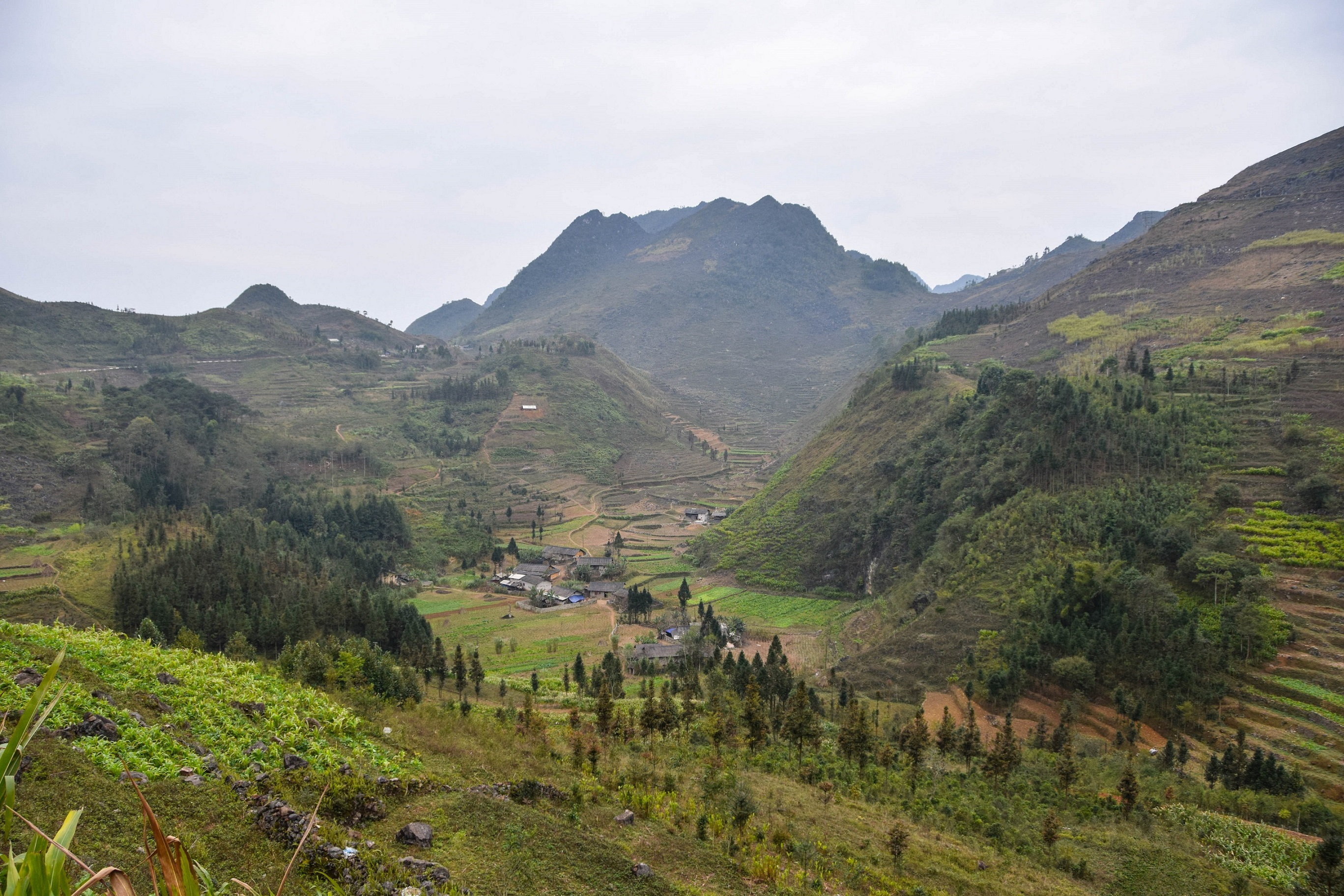 how to get to ha giang