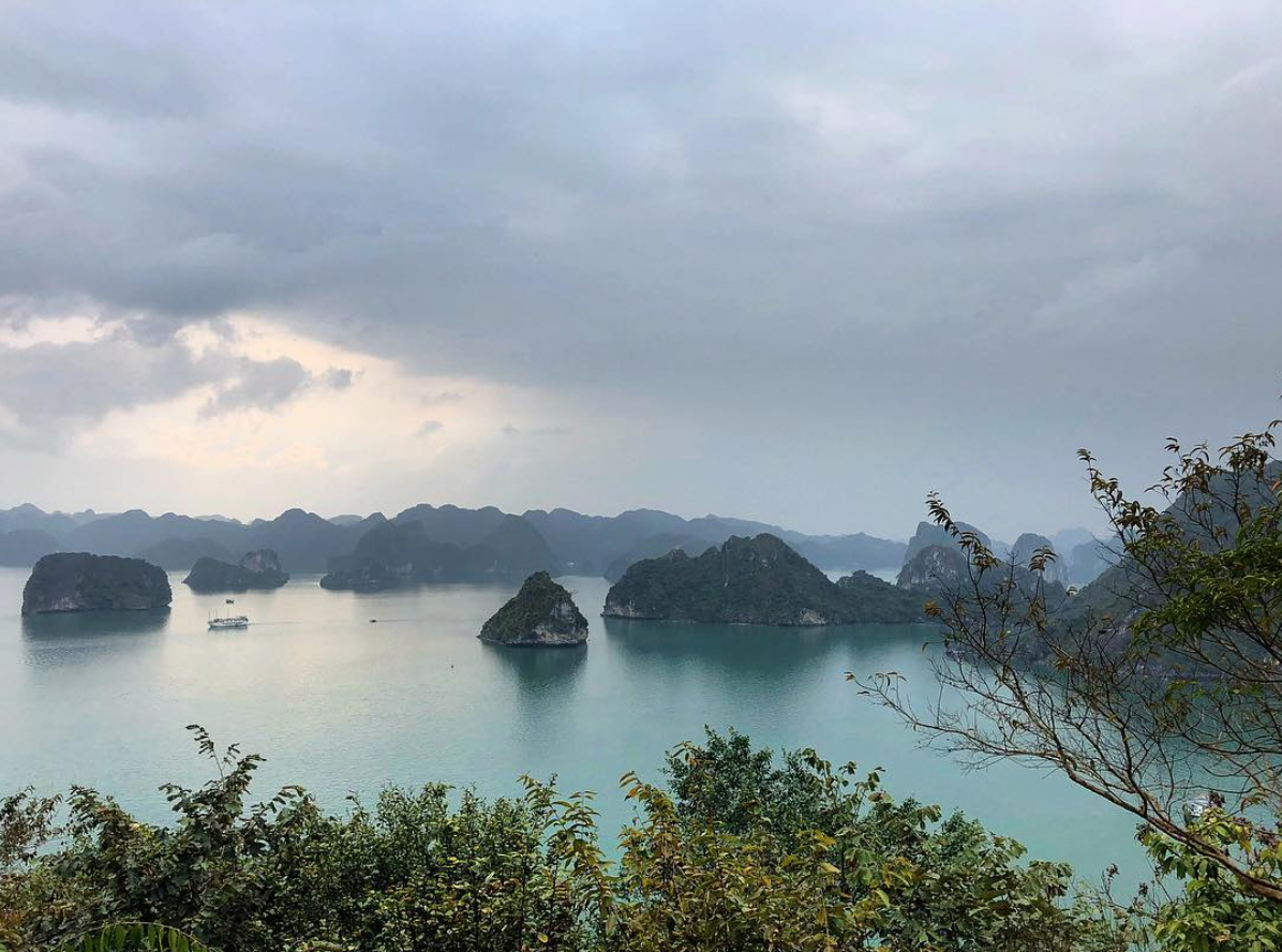 ngoc-vung-island-halong