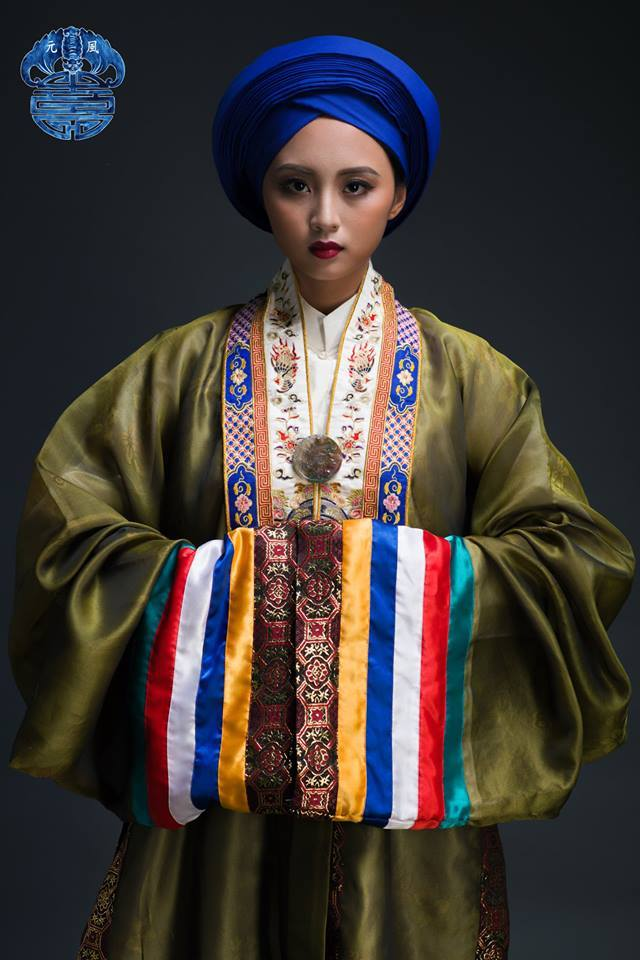 Nhat Binh imperial Dress