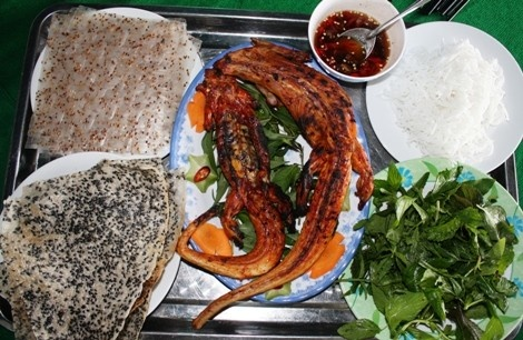 where to eat iguana mui ne