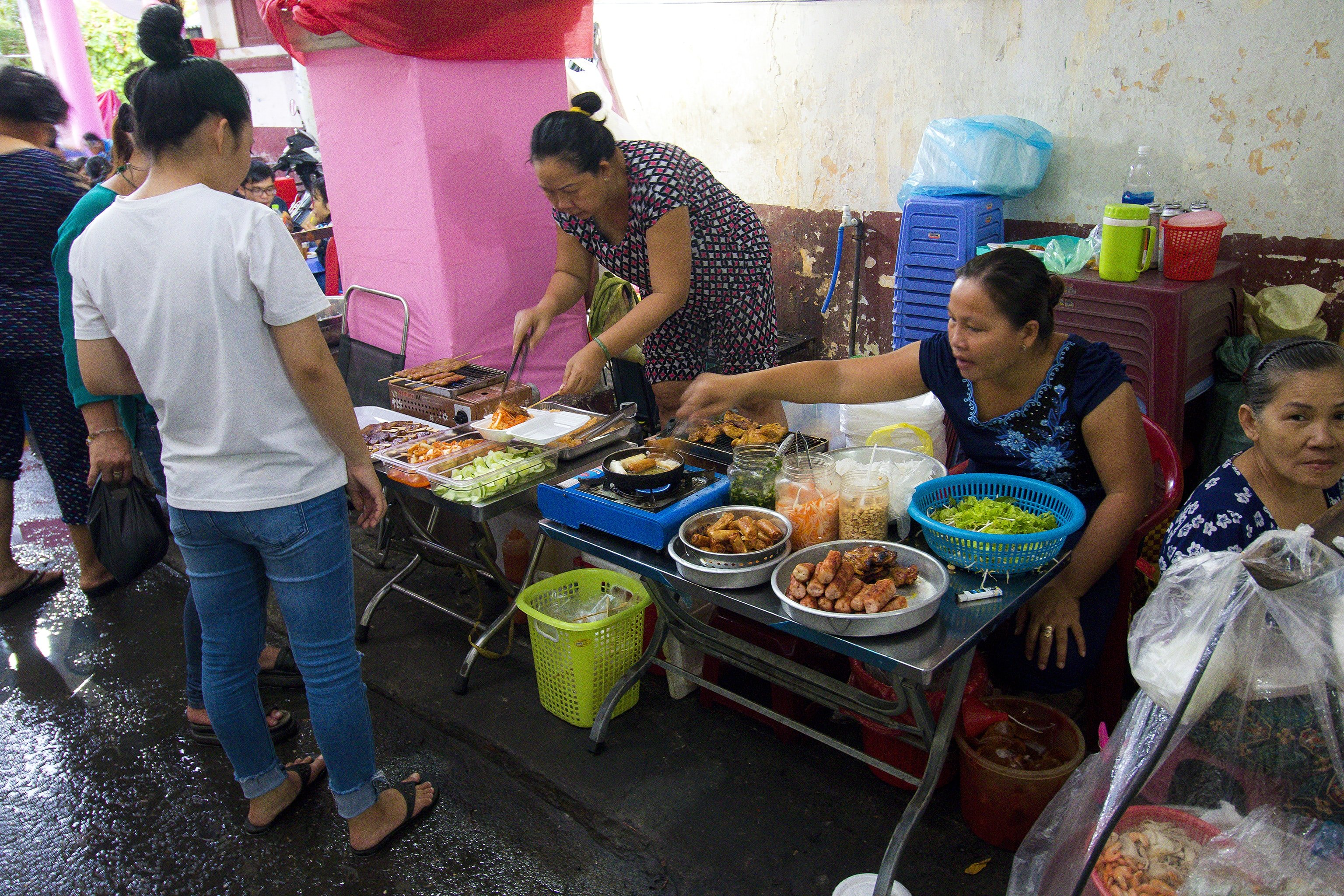 street-food-travel-tip-vietnam