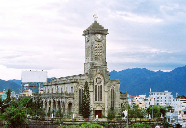 mountain-church-nha-trang