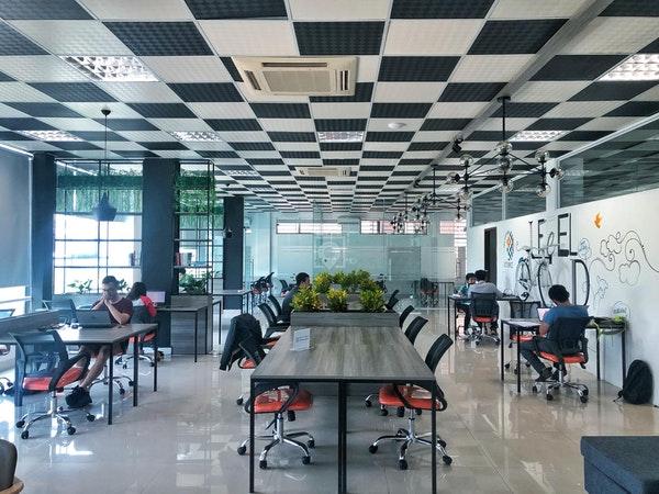 digital nomad communities vietnam