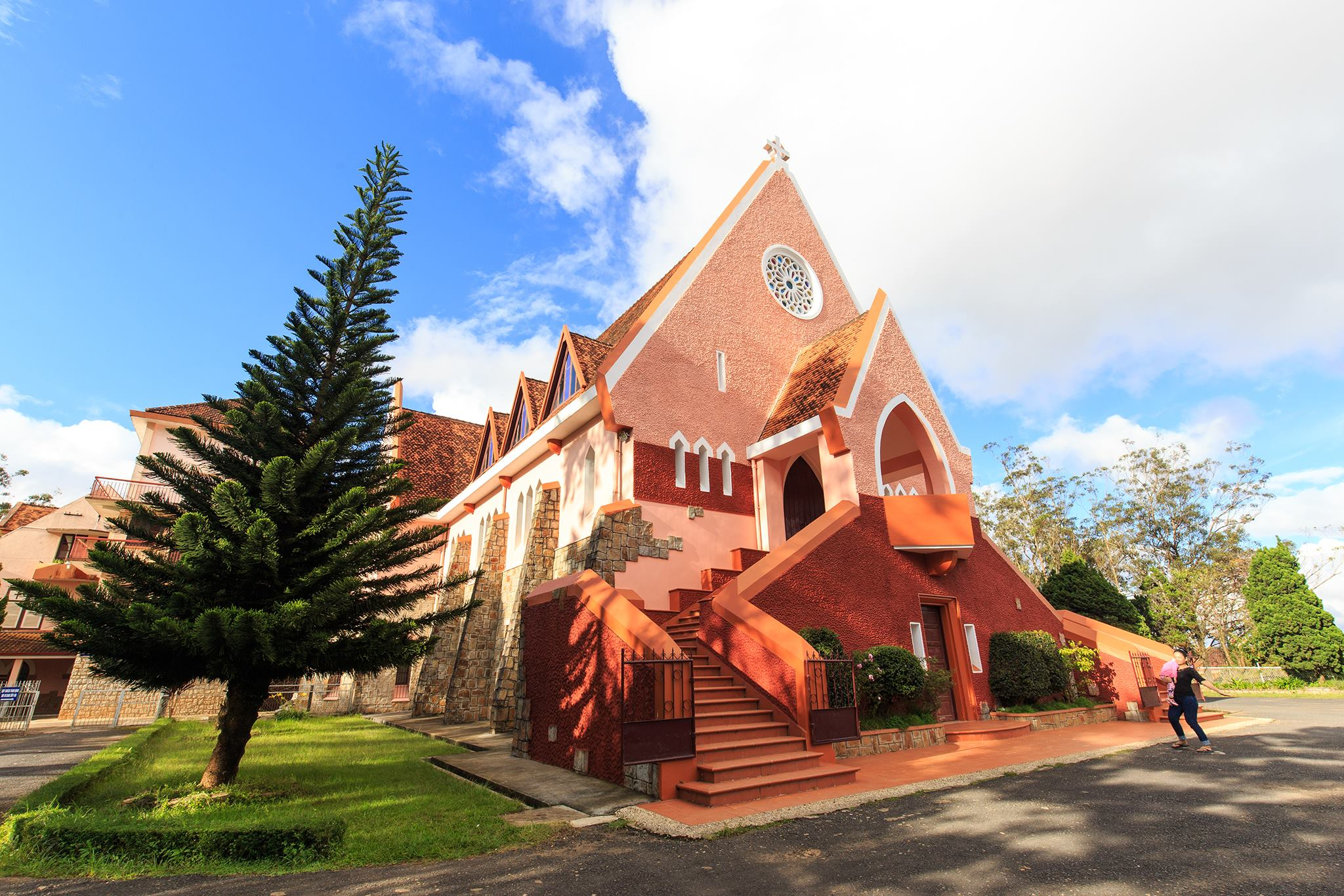 domain-church-dalat
