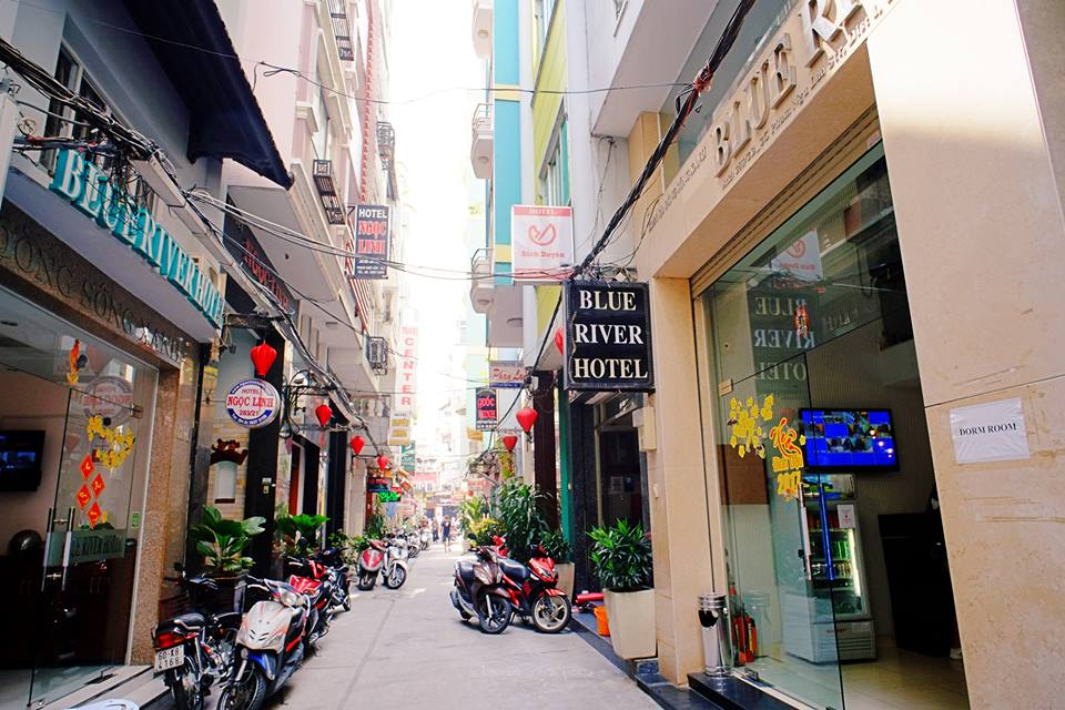 cheap accommodation in district 1 saigon