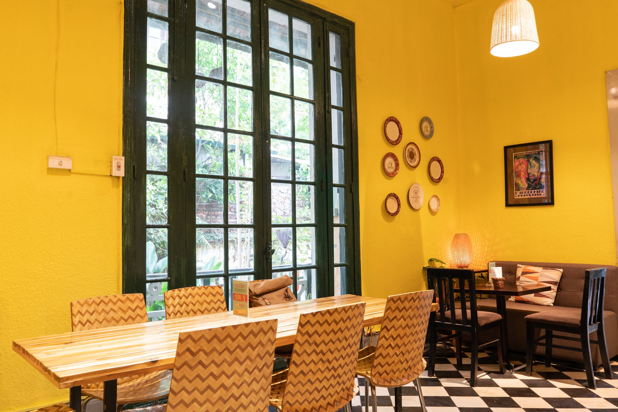 must go cafe in hanoi