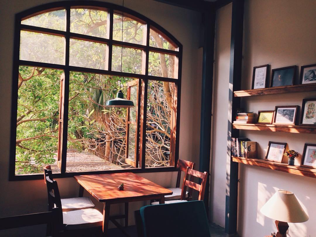hipster cafes in hanoi cafes for instagram