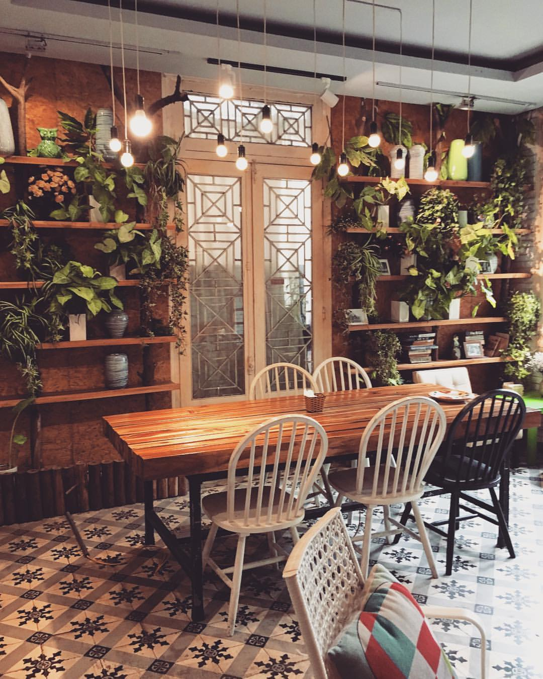 best cafes to work in hanoi