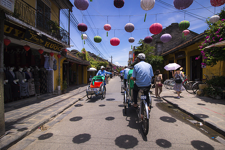 taxis in hoi an grab
