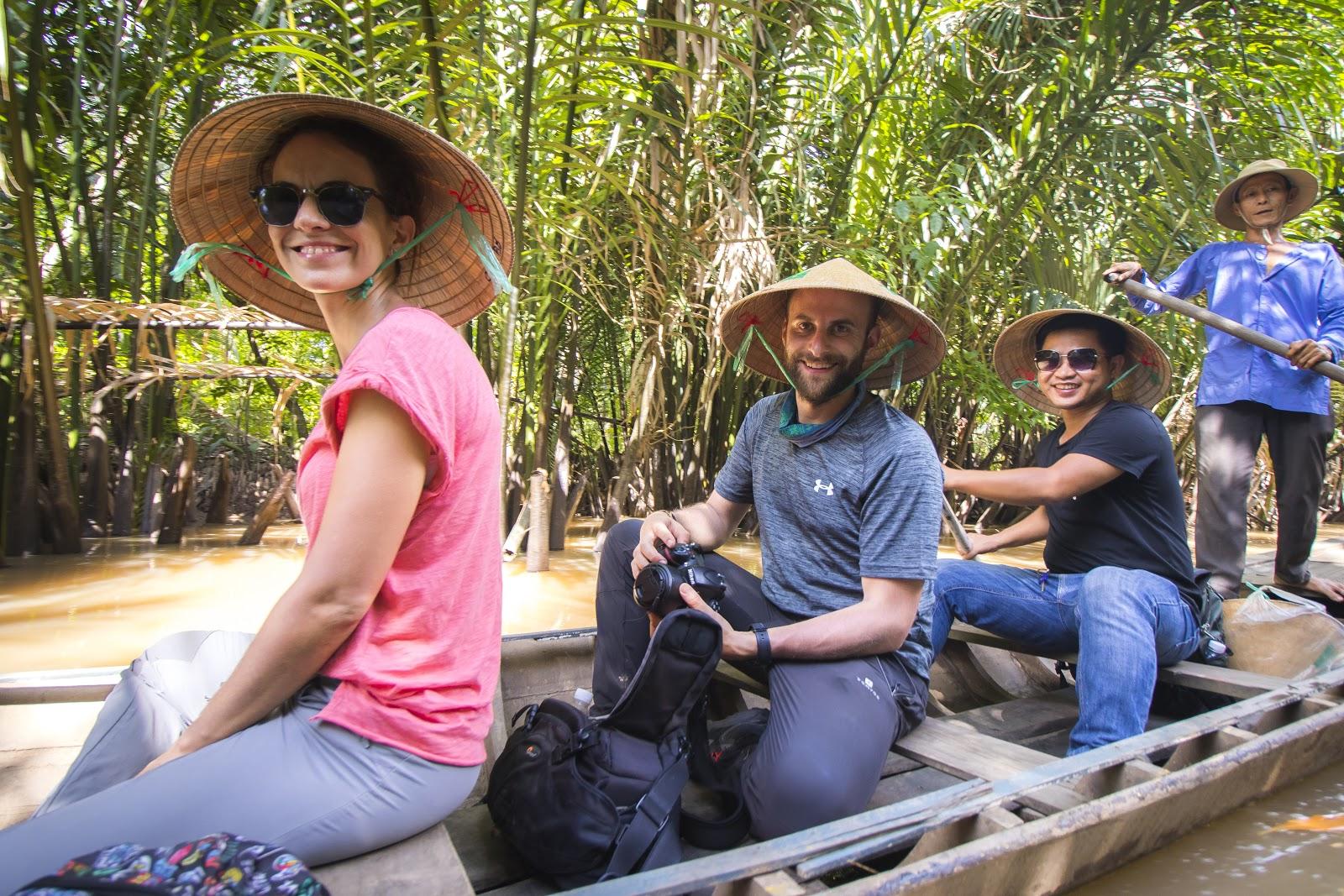 conical-hat-vietnam