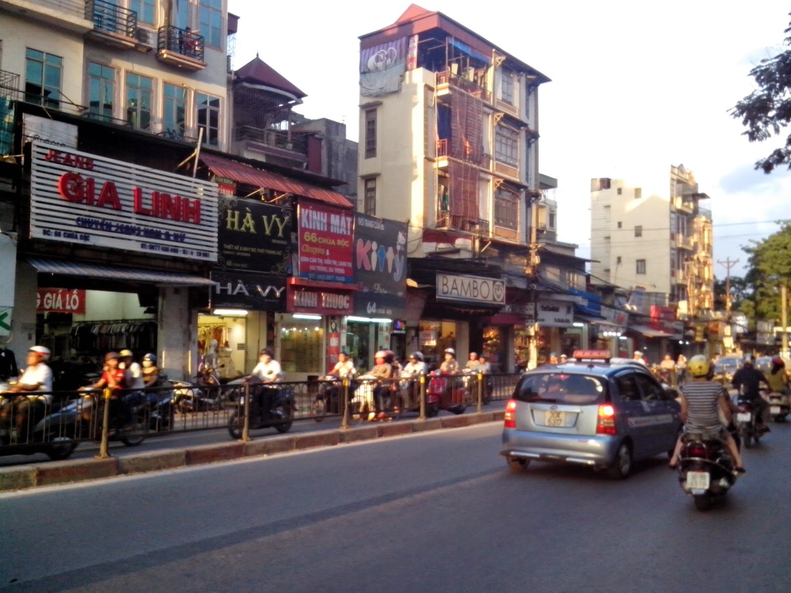 hanoi student area