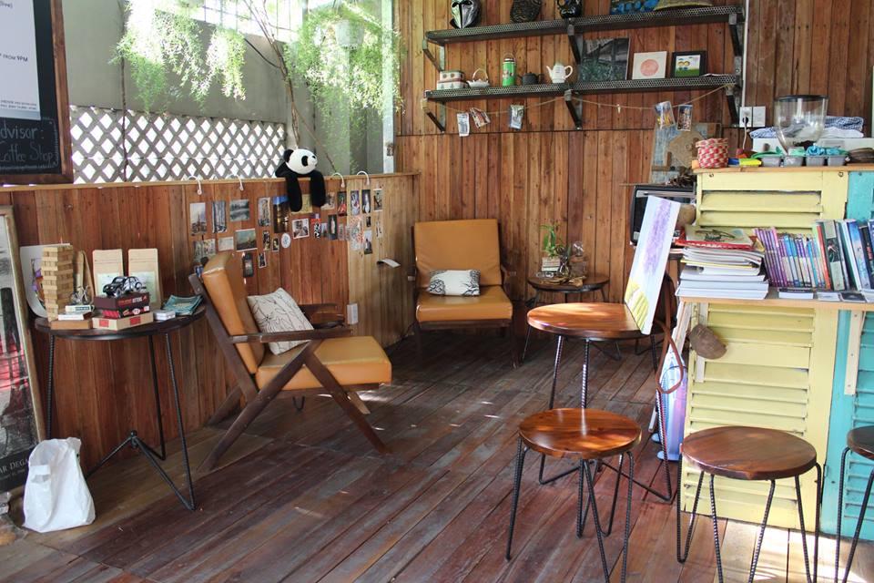 unique cafes in d2