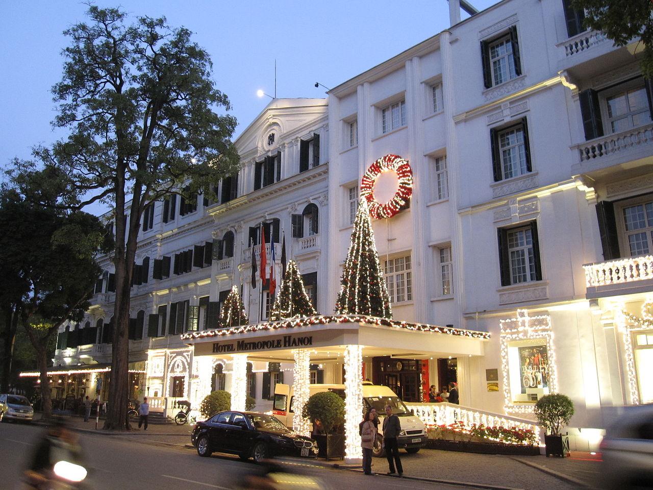 christmas party hanoi
