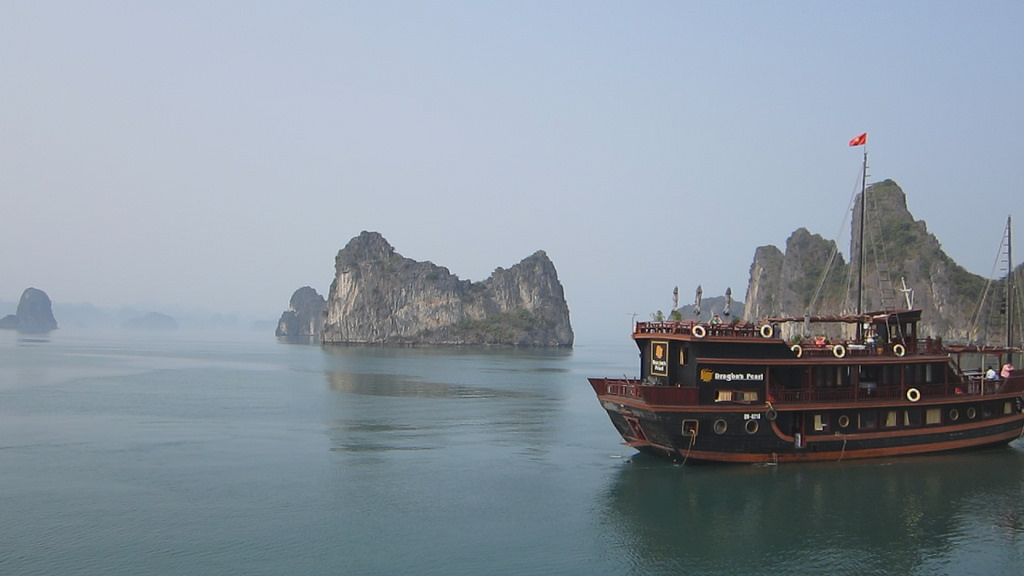 indochina-junk-halong-bay-cruise