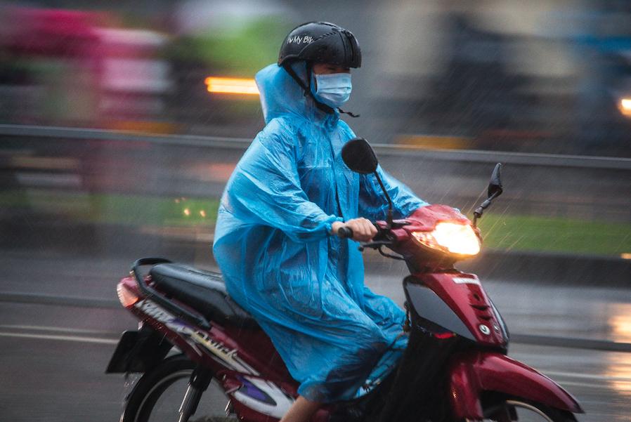 saigon-rain