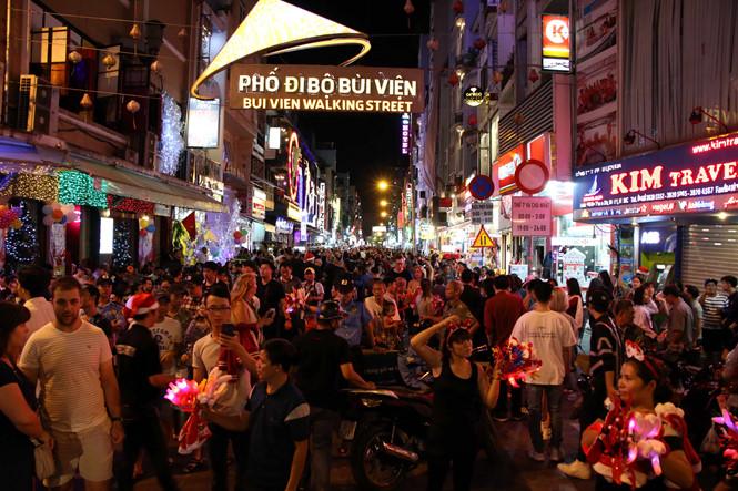 where to celebrate new year in saigon